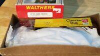 C6 TRAIN CAR BOX CAR KIT WALTHERS  CARNATION MILK CMX 103 old timer