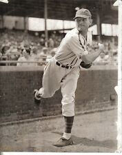 1941 Baseball Wire Photo,Chicago Cubs, Claude Passeau Warming Up Before the Game