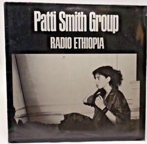 """Patti Smith Group. """"Radio Ethiopia"""". LP."""