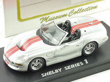 Kyosho 03131SR Shelby Series 1 Silber Museum Collection NEU OVP 1602-21-26
