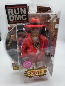 Mezco Figure MISP Toys R Us Exclusive RUN DMC Red Suit