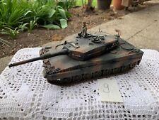 Modellbaupanzer Kettenfahrzeug gebaut vermutlich deutscher Panzer 2. Weltkrieg