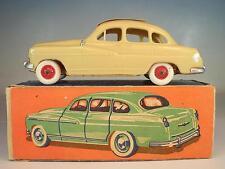 Norev plástico 1/43 ford vedette 64 beige en o-box #4391