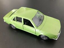 voiture  SOLIDO R18 01/82 N°1318 * 1:43   * véhicule véhicle