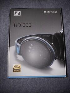 Sennheiser HD 600 Over the Ear Headphones — Excellent Condition!!