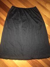 "FABULOUS VTG SHADOWLINE Black Nylon & Lace Short Half Slip Skirt Small 22""-30"""