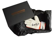 Gordon Banks Signed Goalkeeper Glove Autograph Gift Box Stoke England 1966 COA