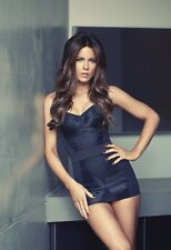 Kate Beckinsale 13x19 Hollywood Celebrity Photo. 13 x 19 Color Mini Poster #077