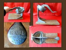 Vtg. 3R  RIval Manual Fruit Juicer/Press/Squeezer 1930's  Atomic Age Bar Ware