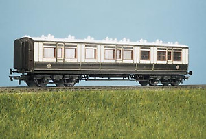 Parkside Models PC730 LMS (Ex LNWR) 50ft Arc Roof Corridor All 3rd Coach Kit OO