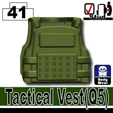 Tank Green Q5 (W129) Tactial Vest compatible with toy brick minifigures SWAT