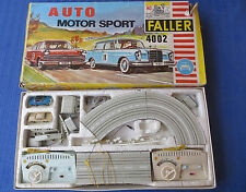 Faller 4002 -- Komplettpackung  mit Mercedes 300 Coupe + Opel Diplomat