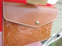 NEW PATRICIA NASH ITALIAN LEATHER TOOLED FLORENCE TECH WALLET.100% AUTHENTIC.