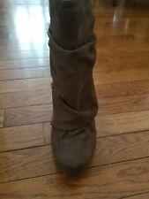 Michael Antonio size 6 1/2 Taupe 3-4 inch heel