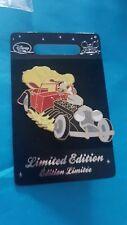 Disney Store LE pin 101 Dalmatian Cruella dogs  Limited Edition