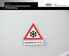 """Aufkleber Audi quattro """"quattro only"""" rot weiß schwarz Dreieck Schneeflocke"""