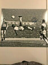 Pele B/W Signed Bicycle Kick Picture COA 16X20 (PSA/DNA)