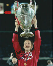 Teddy SHERINGHAM Signed Autograph 10x8 Photo AFTAL COA Man United Champions RARE