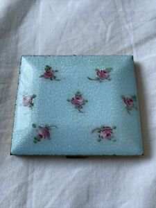 Charming Vintage  Powder Compact Brass With Enamel And Hand painted Roses