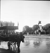 MADRID c. 1950 -Attelage Carriole Palais Royal Espagne- Négatifs 6 x 6 - ESP 358