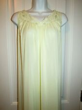 Shadowline~ Vintage Yellow Nylon Lace Embroidery Floor Length Nightgown~ Usa~ M