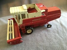 1971 VINTAGE ERTL INTERNATIONAL HARVESTER HYDROSTATIC COMBINE 1:20 SCALE NICE JD