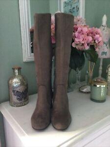 Gorgeous Ladies John Lewis Brown Knee High Boots, UK Size 5, EU 38, Excellent Co