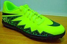 Chaussures jaunes Nike pour garçon de 2 à 16 ans