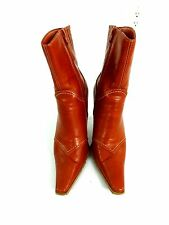 """PREDICTIONS WOMENS RUSTY BROWN COLORED FAUX LEATHER 3.5"""" HEEL BOOTS SIZE 6.5"""
