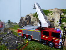 More details for oxford  scania fire engine with flashing emergency lights