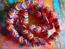 Schöne rot-bunte Indonesia-Perlen m.Zick-Zack-Design - 20x10mm- 9Stk.-Röhrenform