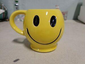 Vintage McCoy Pottery Sunshine Yellow Smiley Face Smile Happy Coffee Mug Cup