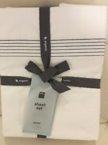West Elm Organic Percale Pleated Queen Sheet Set NWT White & Midnight Blue