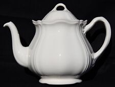 WEDGWOOD QUEENS SHAPE off white TEAPOT ETRURIA BARLASTON