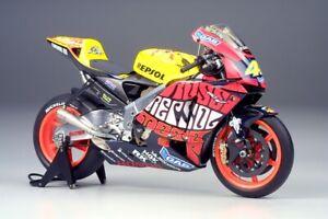 Tamiya 21019 1/12 Scale Honda RC211V 2003 Valencia GP V.Rossi Finished Model