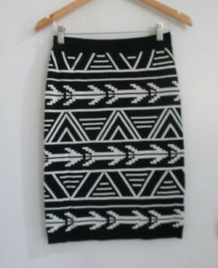 KATIES Black/White Soft Stretchy Aztec Jacquard Pattern Work Formal Skirts Sz S
