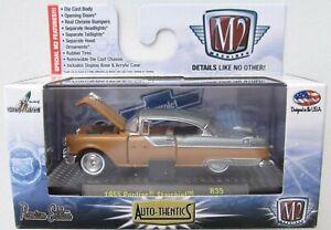 M2 MACHINES AUTO-THENTICS R35 1955 PONTIAC STARCHIEF 15-71 PREMIUM EDITION