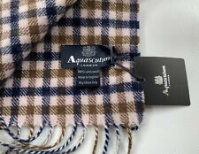 AQUASCUTUM SCARF BRAND NEW WITH TAGS LAMBSWOOL