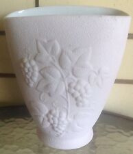 Art Deco Collectable Pink Stipple Wave/Fan Vase With Grapes No 29 VGC
