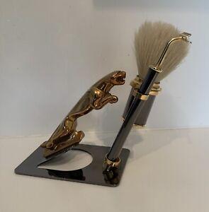 Ensemble vintage de rasage barbe avec support jaguar rasoir et blaireau