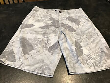 Men's American Eagle Classic Gray Camouflage Flat Front Chino Shorts Size 30