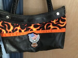 Harley Davidson Pocketbook Thirty One