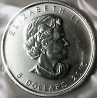 2010 Canada $5 Five Dollars 999 Maple Leaf Silver BU Queen Elizabeth II Coin