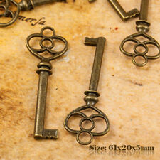 5 Antique Style Vintage Large Bronze key charms pendentif 002