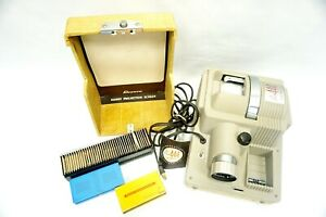 Revere 2x2 Slide Projector Model P-444 w hard case/projector & 35mm slides lot