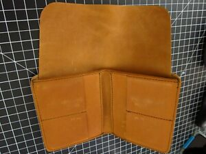 Saddleback Leather LARGE BIFOLD WALLET with Hidden Cash Flap in Tobacco Brown