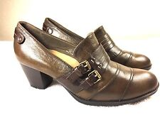 Earth Fir women's olive brown color heels shoes size 9 B Excellent!!