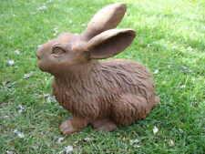 beau lapin en fonte , rongeur , lièvre , déco jardin .. statue d un lapin