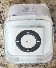 NOS IPOD Shuffle 2GB Silver/Black MP3 Player -- MD778LLA