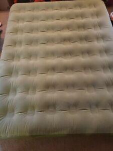 Aerobed Active Adventure Bed With Pump Queen 78x60x8